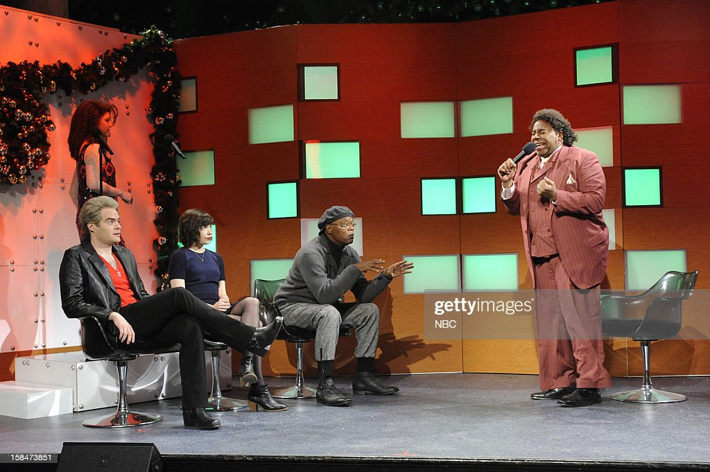 LIVE -- 'Martin Short' Episode 1630 -- Pictured: (l-r) Bill Hader, Vanessa Bayer, Carrie Brownstein, Samuel L. Jackson, <a gi-track='captionPersonalityLinkClicked' href=/galleries/search?phrase=Kenan+Thompson&family=editorial&specificpeople=215158 ng-click='$event.stopPropagation()'>Kenan Thompson</a> --