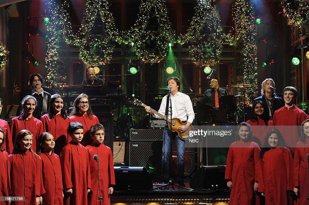 LIVE -- 'Martin Short' Episode 1630 -- Pictured: (center) Paul McCartney --