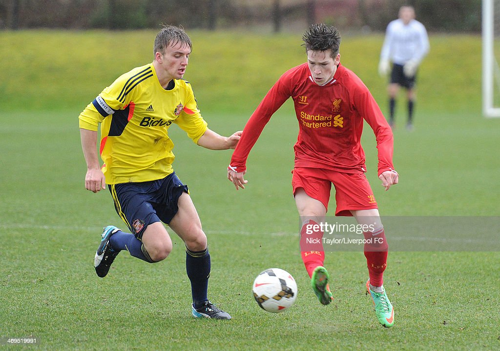 <a gi-track='captionPersonalityLinkClicked' href=/galleries/search?phrase=Martin+Smith&family=editorial&specificpeople=214236 ng-click='$event.stopPropagation()'>Martin Smith</a> of Sunderland and Ryan Kent of Liverpool in action during the Barclays Premier League Under 18 fixture between Liverpool and Sunderland at the Liverpool FC Academy on February 15 in Kirkby, England.