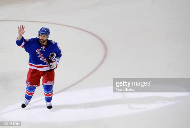 Martin St Louis of the New York Rangers waves to the crowd after his team defeated the Los Angeles Kings 21 in Game Four of the 2014 Stanley Cup...