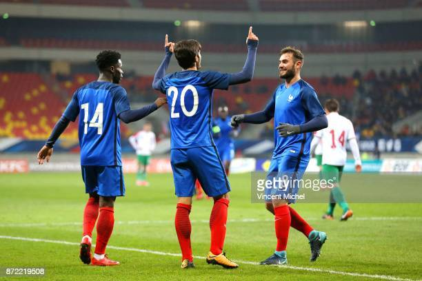 Martin Terrier of France congratulated by Jonathan Bamba and Lucas Tousart of France after scoring the first goal during the Under 21s Euro 2019...