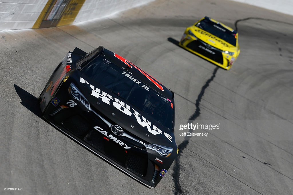 Sprint Cup Series Folds Of Honor Quiktrip 500 Getty Images