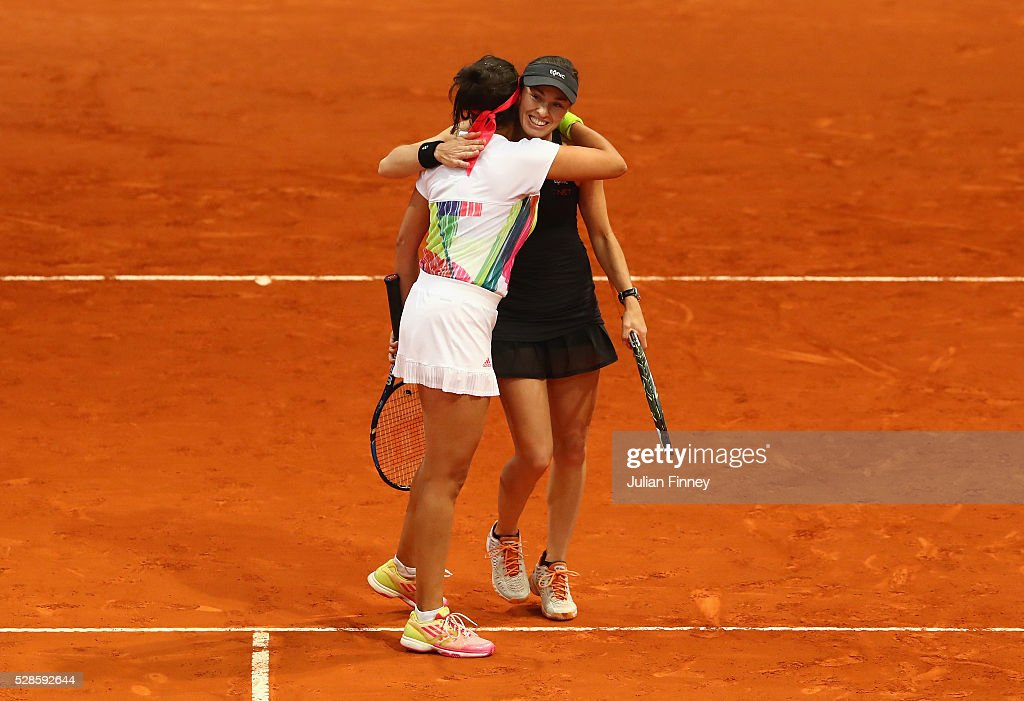 <a gi-track='captionPersonalityLinkClicked' href=/galleries/search?phrase=Martina+Hingis&family=editorial&specificpeople=202183 ng-click='$event.stopPropagation()'>Martina Hingis</a> of Switzerland and <a gi-track='captionPersonalityLinkClicked' href=/galleries/search?phrase=Sania+Mirza&family=editorial&specificpeople=583549 ng-click='$event.stopPropagation()'>Sania Mirza</a> of India celebrate their win in the doubles semi final against Vania King of USA and Alla Kudryavtseva of Russia during day seven of the Mutua Madrid Open tennis tournament at the Caja Magica on May 06, 2016 in Madrid, Spain.