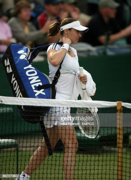 Martina Hingis walks off dejected after losing to Laura Granville