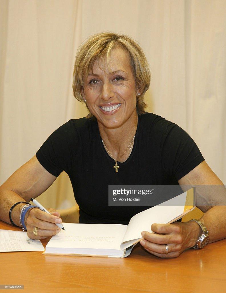 Martina Navratilova book signing s and