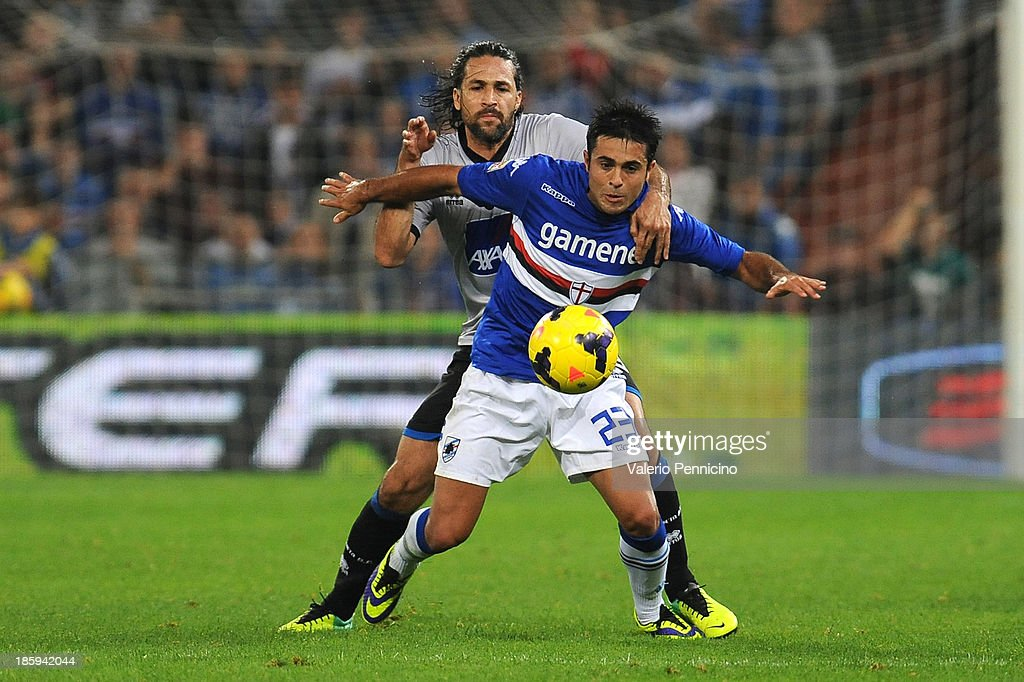 Martins Eder (R) of UC Sampdoria is challenged by <a gi-track='captionPersonalityLinkClicked' href=/galleries/search?phrase=Mario+Yepes&family=editorial&specificpeople=648682 ng-click='$event.stopPropagation()'>Mario Yepes</a> of Atalanta BC during the Serie A match between UC Sampdoria and Atalanta BC at Stadio Luigi Ferraris on October 26, 2013 in Genoa, Italy.