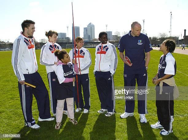 Martyn Rooney Kelly Sotherton Jessica Ennis Christine Ohuruogu Dean Macey and school children