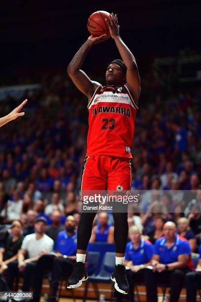 Marvelle Harris of the Illawarra Hawks shoots during game three of the NBL Semi Final series between the Adelaide 36ers and the Illawarra Hawks at...
