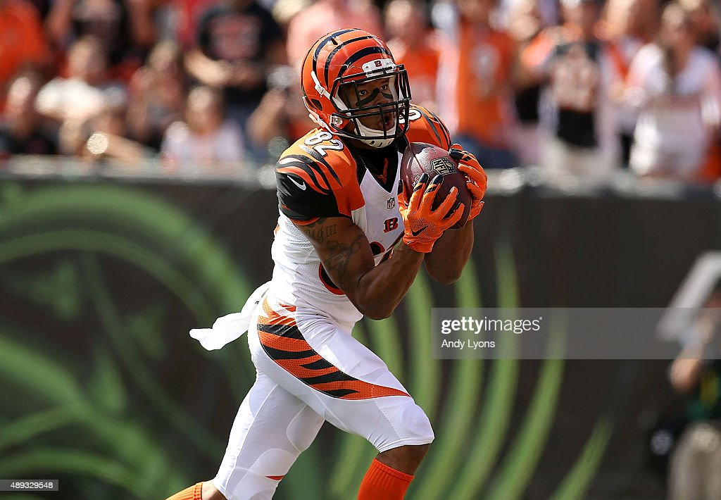 Marvin Jones of the Cincinnati Bengals catches a 45 yard touchdown pass from Andy Dalton of the Cincinnati Bengals during the second quarter of the...