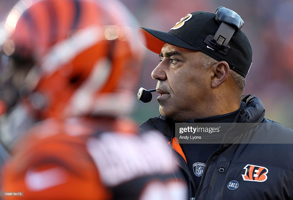 Marvin Lewis the head coach of the Cincinnati Bengals watches the game action during the NFL game against the Baltimore Ravens at Paul Brown Stadium on December 30, 2012 in Cincinnati, Ohio.
