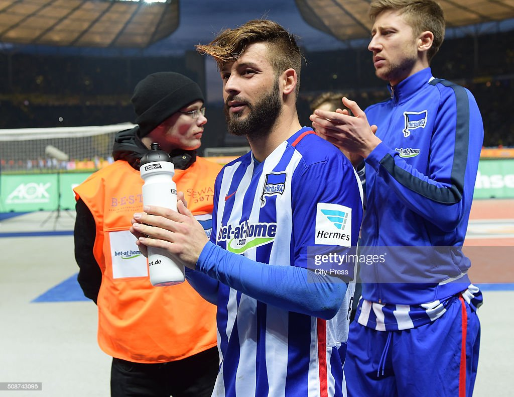 <a gi-track='captionPersonalityLinkClicked' href=/galleries/search?phrase=Marvin+Plattenhardt&family=editorial&specificpeople=5616506 ng-click='$event.stopPropagation()'>Marvin Plattenhardt</a> of Hertha BSC after the game between Hertha BSC and Borussia Dortmund on February 6, 2016 in Berlin, Germany.
