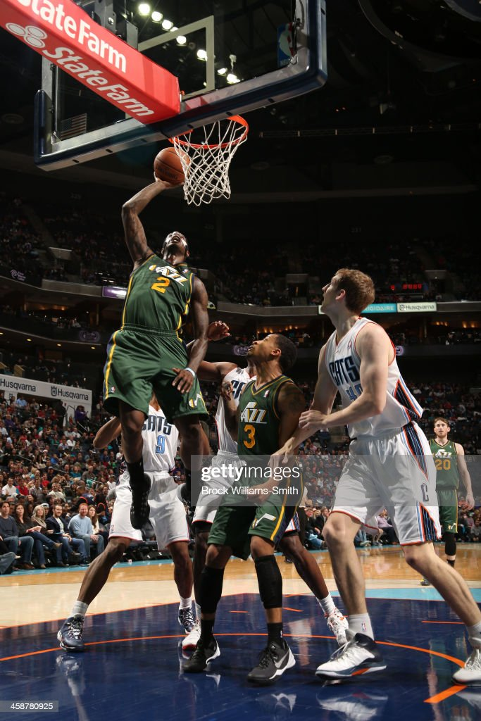 Marvin Williams #2 of the Utah Jazz dunks against the Charlotte Bobcats during the game at the Time Warner Cable Arena on December 21, 2013 in Charlotte, North Carolina.