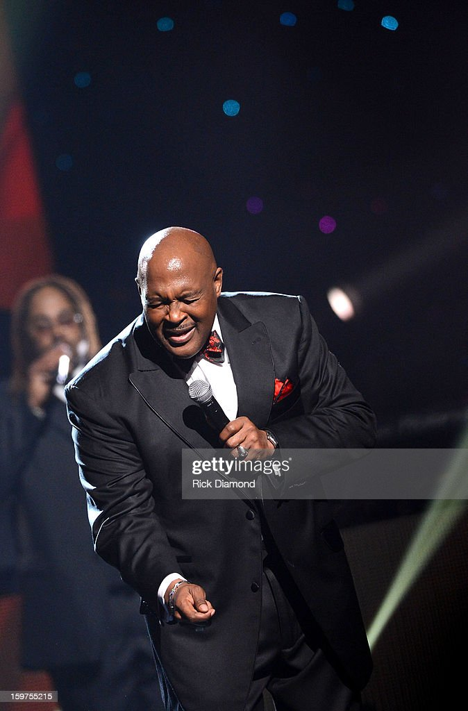 <a gi-track='captionPersonalityLinkClicked' href=/galleries/search?phrase=Marvin+Winans&family=editorial&specificpeople=4367927 ng-click='$event.stopPropagation()'>Marvin Winans</a> performs on the 28th Annual Stellar Awards Show at Grand Ole Opry House on January 19, 2013 in Nashville, Tennessee.