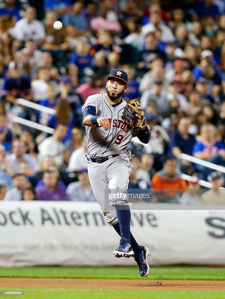 Marwin Gonzalez of the Houston Astros in action against the New York Mets at Citi Field on September 27 2014 in the Flushing neighborhood of the...