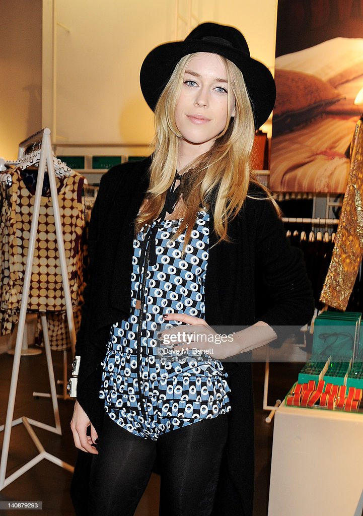 <a gi-track='captionPersonalityLinkClicked' href=/galleries/search?phrase=Mary+Charteris&family=editorial&specificpeople=4361110 ng-click='$event.stopPropagation()'>Mary Charteris</a> attends the launch of Italian fashion house Marni's collection for H&M at H&M Regent Street on March 7, 2012 in London, England.