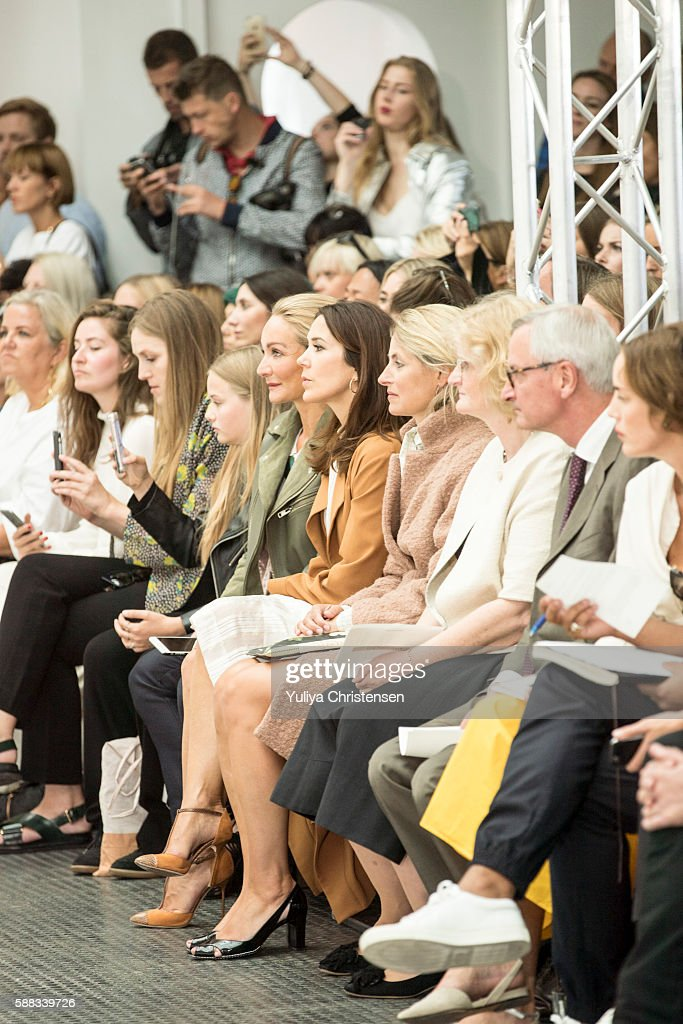 mary-crown-princess-of-denmark-attends-the-fonnesbech-show-the-week-picture-id588339726