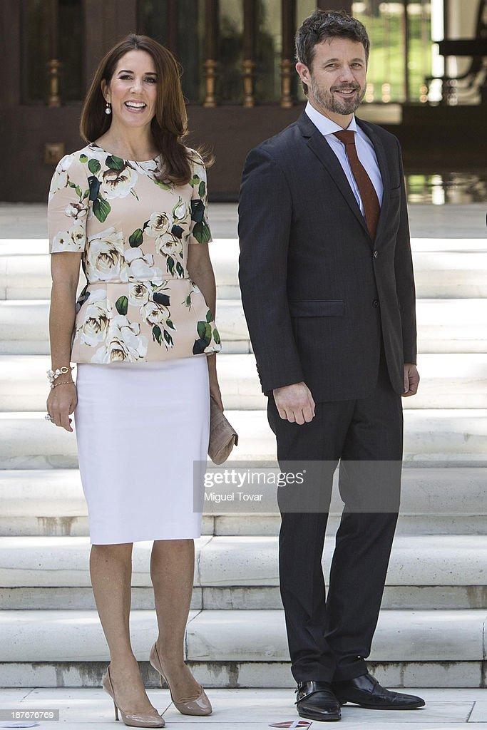 Mary Elizabeth crown princess of Denmark and Frederik André Henrik Christian de Glücksburg crown prince of Denmark attend the welcome ceremony at Los Pinos official recidence on November 11, 2013 in Mexico City, Mexico.