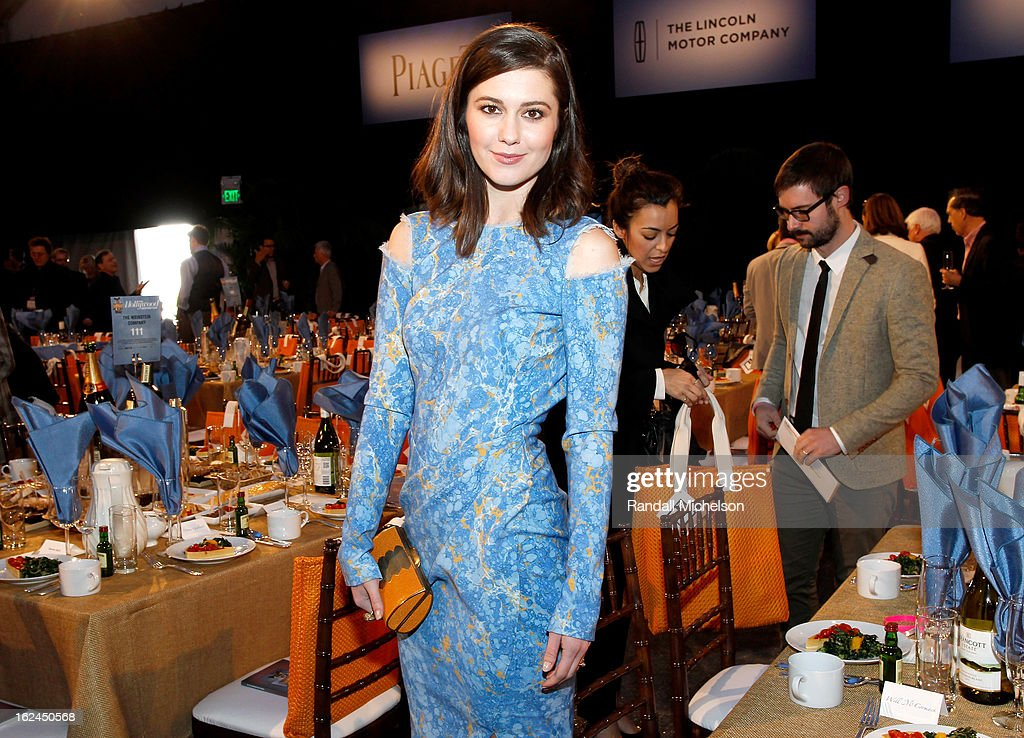 <a gi-track='captionPersonalityLinkClicked' href=/galleries/search?phrase=Mary+Elizabeth+Winstead&family=editorial&specificpeople=782914 ng-click='$event.stopPropagation()'>Mary Elizabeth Winstead</a> attends the 2013 Film Independent Spirit Awards at Santa Monica Beach on February 23, 2013 in Santa Monica, California.