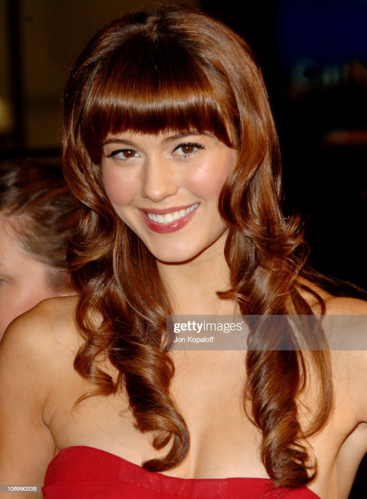 Mary Elizabeth Winstead during AFI Fest 2006 Black Tie Opening Night Gala and US Premiere of Emilio Estevez's 'Bobby' - Arrivals at Grauman's Chinese Theater in Hollywood, CA, United States.