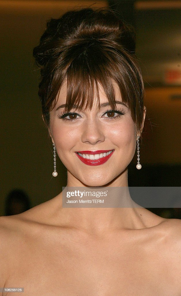 Mary Elizabeth Winstead during Los Angeles Premiere of Dimension Films' 'Black Christmas' at Mann's Chinese 6 in Hollywood, California, United States.