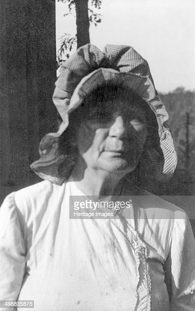 Mary Gibson Marion McDowell County North Carolina USA 19161918 Photograph taken during Cecil Sharp's folk music collecting expedition British...