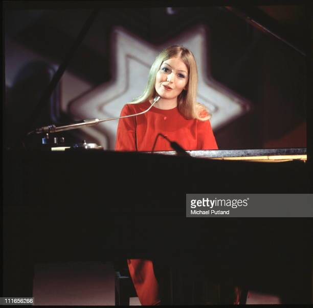Mary Hopkin performs on a TV show 1970