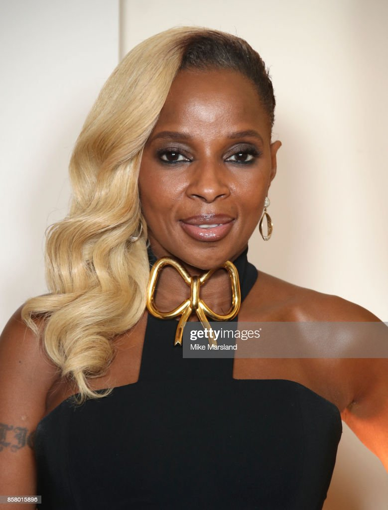 Mary J. Blige at the Academy of Motion Picture Arts and Sciences New Members Partyat Spencer House on October 5, 2017 in London, England.