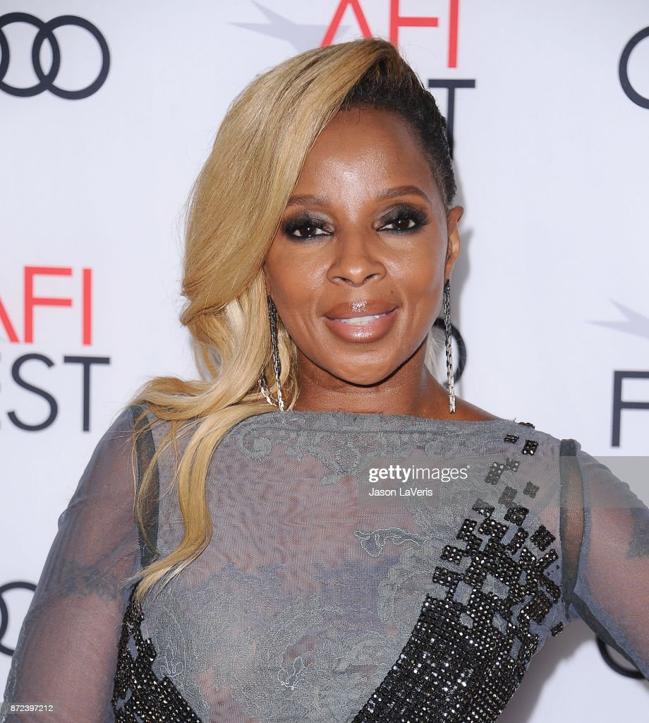 Mary J. Blige attends the 2017 AFI Fest opening night gala screening of 'Mudbound' at TCL Chinese Theatre on November 9, 2017 in Hollywood, California.