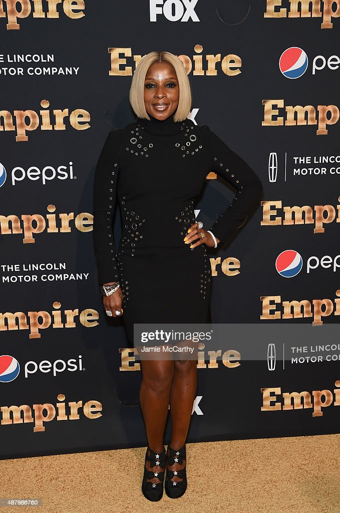 <a gi-track='captionPersonalityLinkClicked' href=/galleries/search?phrase=Mary+J.+Blige&family=editorial&specificpeople=171124 ng-click='$event.stopPropagation()'>Mary J. Blige</a> attends the 'Empire' Series Season 2 New York Premiere at Carnegie Hall on September 12, 2015 in New York City.