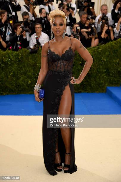 Mary J Blige attends the 'Rei Kawakubo/Comme des Garcons Art Of The InBetween' Costume Institute Gala at Metropolitan Museum of Art on May 1 2017 in...