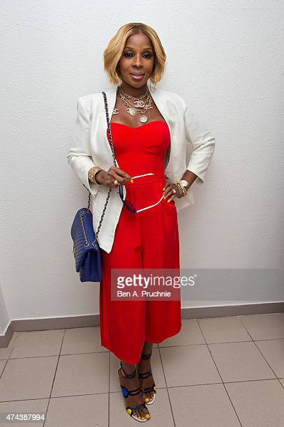 Mary J Blige attends the 'Southpaw' screening at The 68th Annual Cannes Film Festival at Palais des Festivals on May 22 2015 in Cannes France