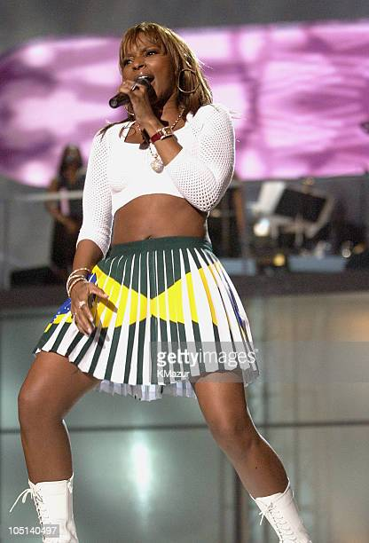 A Concert to Benefit the VH1 Save the Music Foundation Show at MGM Grand Garden Arena in Las Vegas Nevada United States