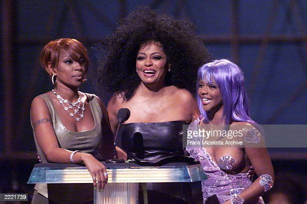 Mary J Blige Lil' Kim and Diana Ross presenting the award for Best HipHop video during the 1999 MTV Music Video Awards at the Metropolitan Opera...