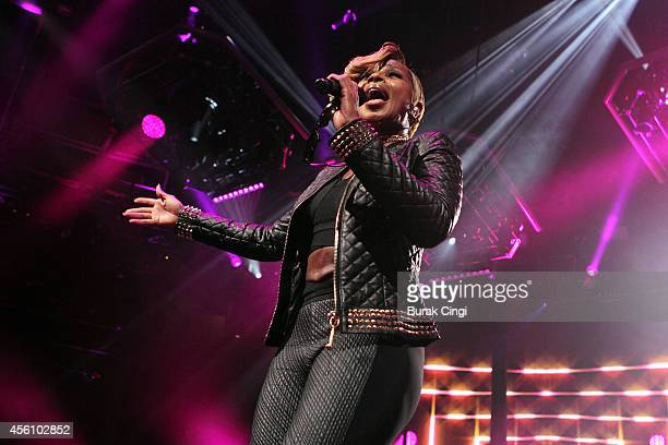 Mary J Blige performs on stage for iTunes Festival at The Roundhouse on September 25 2014 in London United Kingdom