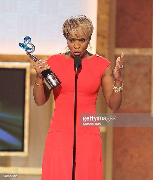 Mary J Blige speaks onstage at the 2nd Annual BET Honors held at the Warner Theatre on January 17 2009 in Washington DC