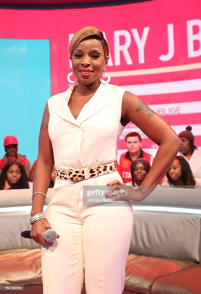 Mary J. Blige visits at 106 & Park Studio on January 28, 2013 in New York City.