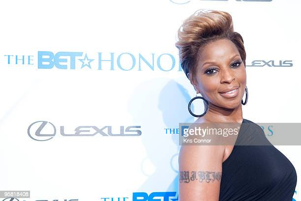 Mary J Blige walks the red carpet before the 2010 BET Honors at the Warner Theatre on January 16 2010 in Washington DC