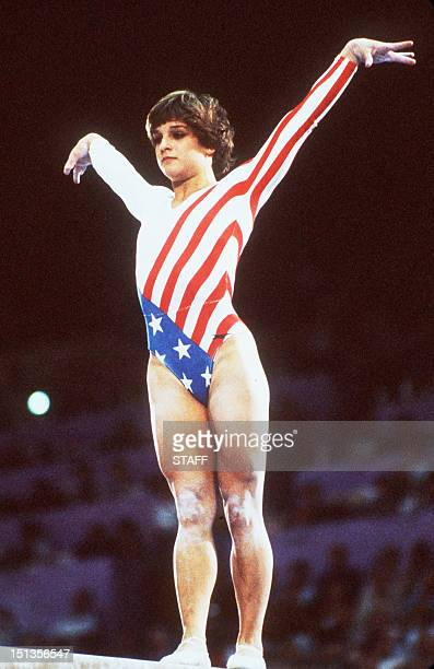 Mary Lou Retton of the US performs her routine on the balance beam during the Olympic women's individual final by apparatus 06 August 1984 in Los...