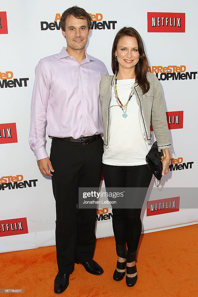 <a gi-track='captionPersonalityLinkClicked' href=/galleries/search?phrase=Mary+Lynn+Rajskub&family=editorial&specificpeople=545522 ng-click='$event.stopPropagation()'>Mary Lynn Rajskub</a> (L) attends the Netflix's Los Angeles Premiere Of 'Arrested Development' Season 4 at TCL Chinese Theatre on April 29, 2013 in Hollywood, California.