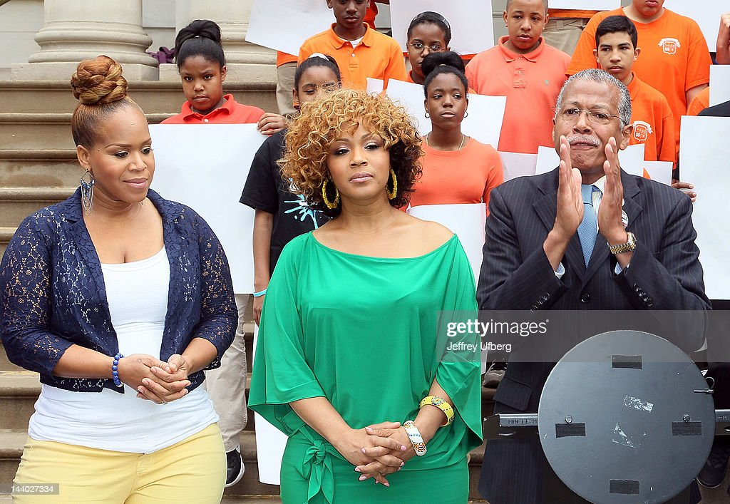 Mary Mary's Erica and Tina Campbell and Councilman Robert Jackson attend the Entertainers 4 Education Alliance I Will Graduate campaign poster unveiling at City Hall on May 8, 2012 in New York City.