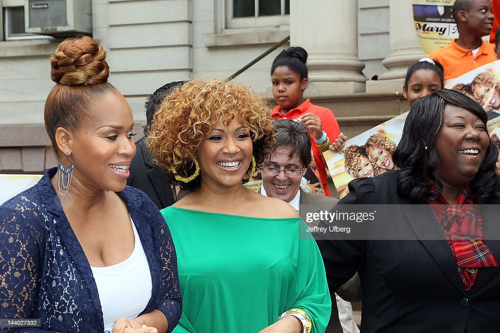 Mary Mary's Erica and Tina Campbell and Entertainers 4 Education Alliance co-founder/Executive Director Tonya Lewis attend the Entertainers 4 Education Alliance I Will Graduate campaign poster unveiling at City Hall on May 8, 2012 in New York City.