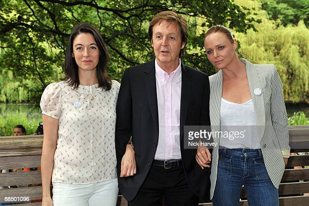 Mary McCartney Paul McCartney and Stella McCartney pose for the media as The McCartney Family Launches �Meat Free Monday' at Inn The Park on June 15...