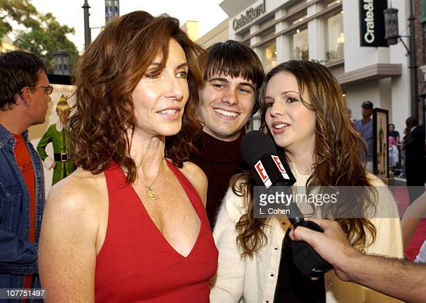 Mary Steenburgen Jason Ritter and Amber Tamblyn during 'Elf' Special Screening Los Angeles Red Carpet at The Grove Theater in Los Angeles California...