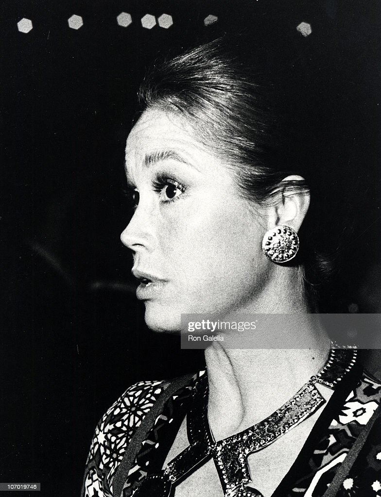 <a gi-track='captionPersonalityLinkClicked' href=/galleries/search?phrase=Mary+Tyler+Moore&family=editorial&specificpeople=93746 ng-click='$event.stopPropagation()'>Mary Tyler Moore</a> during 29th Annual Golden Globe Awards at Hilton Hotel in Beverly Hills, California, United States.