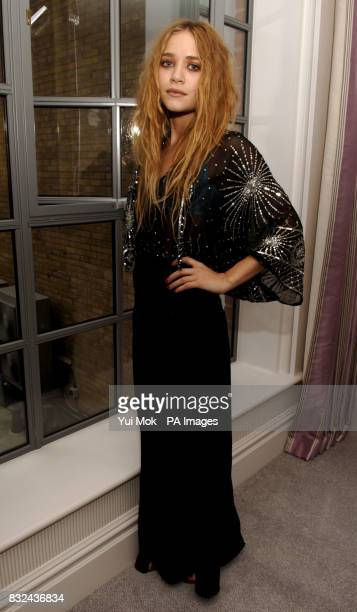 MaryKate Olsen attending a photocall for the launch of her new perfume line London Picture date Thursday 28 september 2006 Photo credit should read...