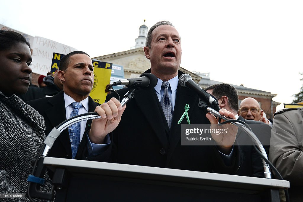 Maryland Gov. Martin O'Malley speaks to advocates of stricter gun control laws as they rally at the Maryland State House on March 1, 2013 in Annapolis, Maryland. Earlier this week, the Maryland Senate passed a gun control bill, which if passed in the House of Delegates, would require a license to purchase a handgun, ban the sale of assault-style rifles and limit magazine size, among other provisions.