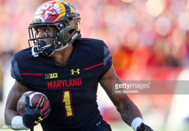 Maryland Terrapins wide receiver DJ Moore picks up yards during a college football game between the Maryland Terrapins and the Northwestern Wildcats...