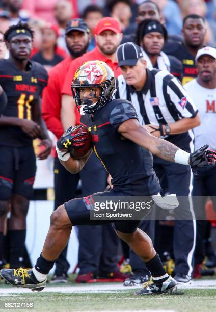 Maryland Terrapins wide receiver DJ Moore runs down the sideline during a college football game between the Maryland Terrapins and the Northwestern...