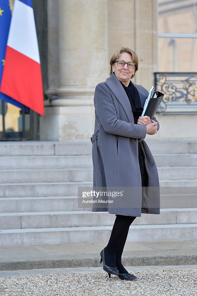 <a gi-track='captionPersonalityLinkClicked' href=/galleries/search?phrase=Marylise+Lebranchu&family=editorial&specificpeople=794442 ng-click='$event.stopPropagation()'>Marylise Lebranchu</a>, French Minister of State Reform, Decentralization and Public Service leaves the Elysee Palace after the weekly cabinet meeting at Elysee Palace on February 4, 2015 in Paris, France.