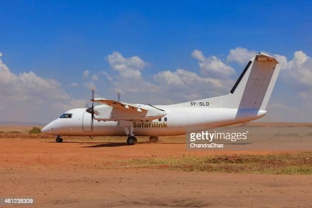 Masai Mara, Kenya-Passagierflugzeug Landung auf Olkiombo airstrip